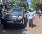 Xe Lexus lao vào đội đưa tang, 3 người chết, nhiều người bị thương