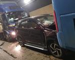 Lại xảy ra tai nạn liên hoàn trong hầm Hải Vân vì xe dừng đột ngột