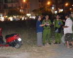 Đôi nam nữ bốc cháy trong đêm ở bãi đất trống quận 12