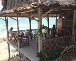 Bãi biển An Bàng, Hội An bị xâu xé: