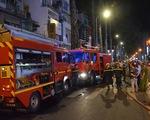 Cứu 3 trẻ em mắc kẹt trong căn nhà cháy ở trung tâm TP.HCM