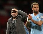 HLV Guardiola nhìn về chức vô địch sau trận derby Manchester