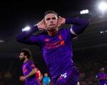 Ngược dòng hạ Southampton, Liverpool chiếm lại đỉnh bảng
