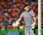 Văn Lâm để thủng lưới ba bàn trận thứ 2 liên tục tại Muangthong United