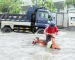 Vài trận mưa đầu mùa đã ngập te tua: Vì sao?
