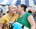 Bệnh nhi ung thư sôi nổi cùng ngày hội