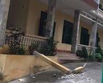 Thanh bêtông rơi trúng 2 học sinh ở Hòa Bình: một em tử vong
