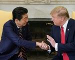 Ông Trump nói vừa điện đàm 'tốt đẹp' với ông Abe về Triều Tiên
