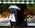 Người Nhật sắp phải trả phí để xài túi nylon