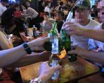 Cấm lái xe khi uống rượu bia: Đáng mừng khi có luật mạnh mẽ, nhưng...