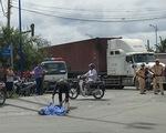 Va chạm với xe container ở vòng xoay Mỹ Thủy, một phụ nữ tử vong