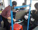 Người khách nữ và chuyến xe buýt khó quên