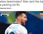 """Video Messi bị trêu chọc vì pha dứt điểm """"dở không tưởng"""""""