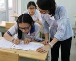 Gần 900.000 học sinh làm thủ tục thi THPT quốc gia, thí sinh lo lắng môn văn và lịch sử