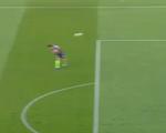 Cầu thủ Hàn Quốc đứng yên cũng ghi được bàn thắng