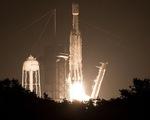 Tên lửa đưa tro cốt người vào không gian với giá 5.000 USD/gram?