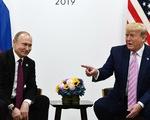 Ông Trump nói 'làm ơn đừng can thiệp bầu cử', ông Putin bật cười thích thú