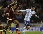 Argentina đương đầu