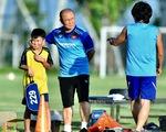 Quá trình đàm phán gia hạn hợp đồng với HLV Park Hang Seo tạm