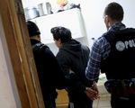 Mỹ bắt đầu truy quét người nhập cư ở 10 thành phố lớn