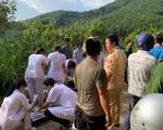 Xe chở 21 khách du lịch rơi xuống vực, 1 người chết, nhiều người bị thương