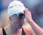 Nữ tay bơi Mỹ Katie Ledecky rút lui khỏi nội dung 200 mét tự do