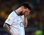 CĐV kêu gọi Messi 'bỏ' Argentina vì có đồng đội kém