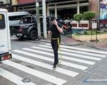 Philipines: Baguio cấm sử dụng thiết bị điện tử khi đi bộ trên phố