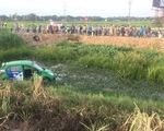 Tàu SE1 tông xe taxi Mai Linh văng hàng chục mét, 2 người chết, 3 bị thương