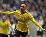 Aubameyang tỏa sáng, Arsenal mở màn mùa giải suôn sẻ