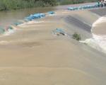 Nước tràn đê bao, nguy cơ mất trắng hơn 1.000ha lúa