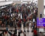 Hàng không, du lịch Hong Kong thiệt hại nặng vì biểu tình