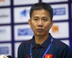"""HLV Hoàng Anh Tuấn: """"U18 VN vẫn còn cơ hội đi tiếp dù hòa Thái Lan"""""""