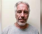 Pháp y xác nhận tỉ phú Epstein đã treo cổ tự tử trong tù