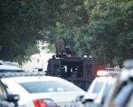 Nổ súng bắn ít nhất 6 cảnh sát, Mỹ phải điều xe bọc thép