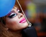 Dạy khoan dung với cộng đồng LGBT từ trường công