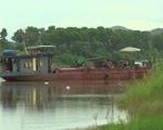 Nhiều nhà dân, đường giao thông bị nứt toác nghi do khai thác cát lậu