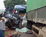 Xe tải tông xe đầu kéo, tài xế văng ra ngoài tử vong