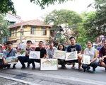 Ký họa đô thị Hà Nội: Những người vẽ bằng tình yêu...