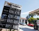 Tấn công 2 cơ sở lọc dầu Saudi Arabia: giá dầu phi mã, vàng bạc tăng theo