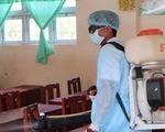 74/440 học sinh Trường tiểu học Nguyễn Văn Huyên nghi viêm hô hấp do thời tiết