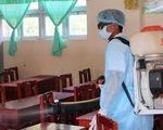 Thêm 81 học sinh nhập viện nghi bị viêm hô hấp