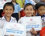Trao 508 suất học bổng cho học sinh khuyết tật, mồ côi
