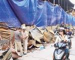Từ vụ cháy Công ty Rạng Đông: Ai được quyền ban bố cảnh báo khẩn cấp?