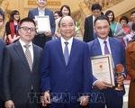 Thủ tướng Nguyễn Xuân Phúc dự công bố và trao Giải báo chí Búa liềm vàng 2019