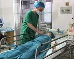 Đặt máy tạo nhịp tim, kịp thời phẫu thuật cứu mẹ con sản phụ