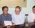 Bí thư Nguyễn Thiện Nhân trao quà tết ở Quảng Nam
