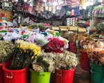 """Chợ hoa sỉ lớn nhất Sài Gòn có nguy cơ """"vỡ trận"""" như 2 năm trước?"""