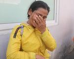 Rơi nước mắt với hơn 300 bệnh nhân ung thư về quê trên chuyến xe miễn phí