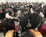 Sợ virút corona, người Trung Quốc hủy vé tàu về quê ăn tết